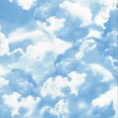 Blauwe luchtstof met witte en blauwgrijze wolken
